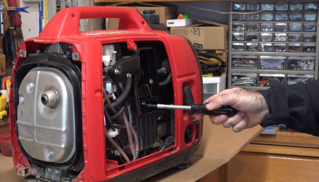 Maintenance of a generatoor